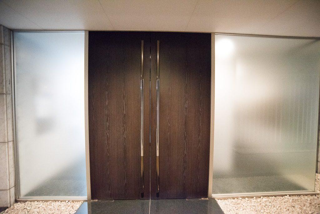エントランスのドア