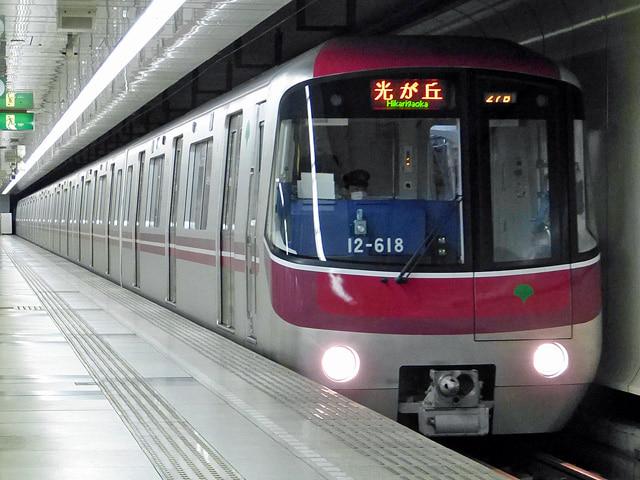 大江戸線の電車