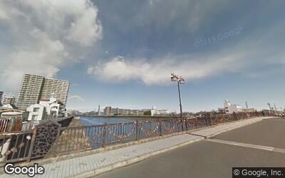 隅田川沿いの街並み