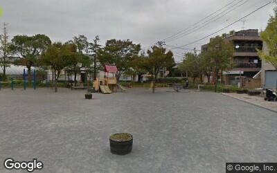 一之江駅にある広々とした公園