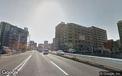 一之江駅前の大通り沿い