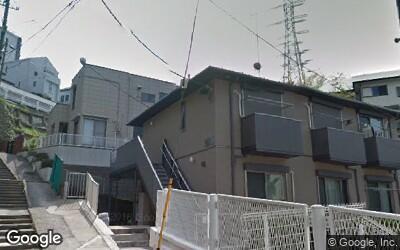 """駅徒歩13分の住宅街"""""""