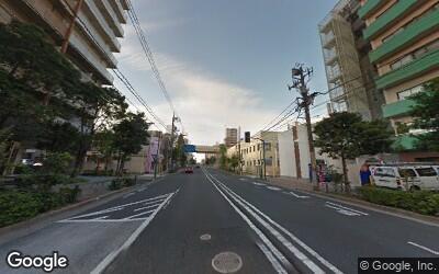大島駅にある明治通りの風景