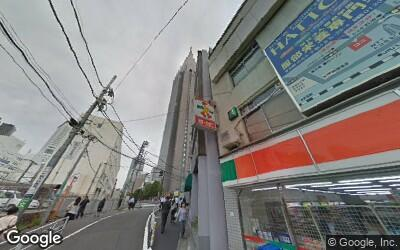 代々木駅東口前