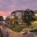 三鷹駅の風景