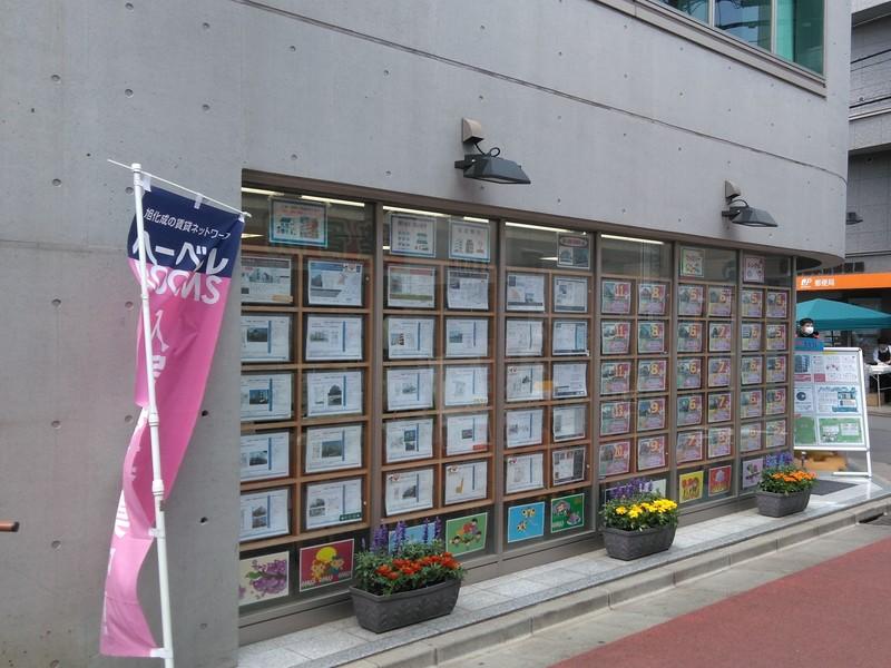 東京コーポレーション千歳船橋支店の外観