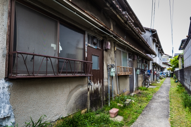築年数の経ったアパート
