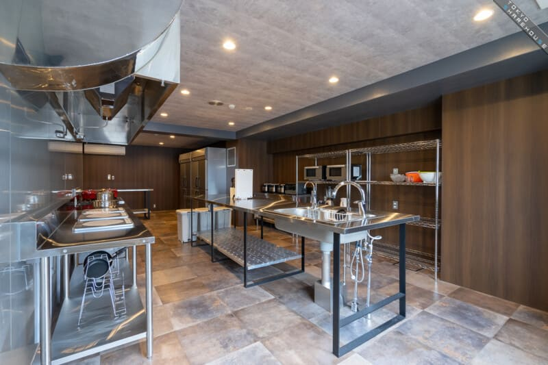 シェアハウス  豪華なキッチン